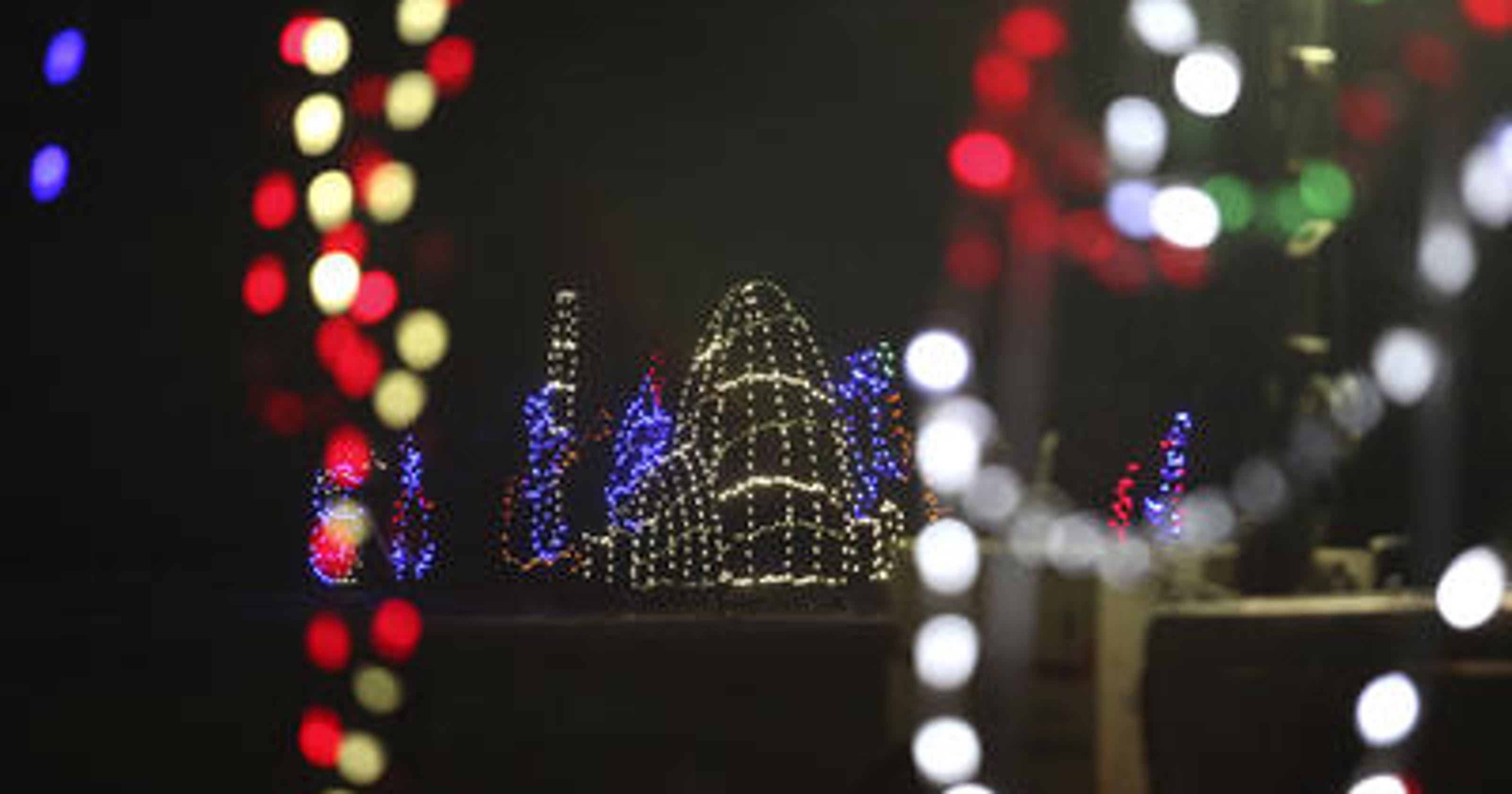 Mega Cavern Christmas Lights.Lights Under Louisville In Mega Cavern Adds 1 Million Lights