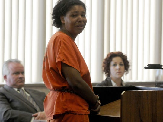 Tia Skinner addresses her family at her 2013 re-sentencing hearing in Port Huron for the murder of her father.
