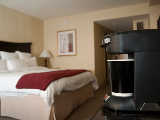 Many hotel rooms feature a selection of mediocre coffees and a coffee maker that's difficult to use and only makes a beverage one tiny cup at a time.