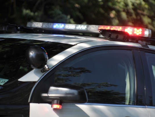 636521484153636230-Police-lights.jpg