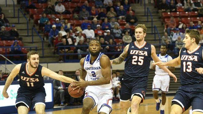 La. Tech's Erik McCree drives to the basket against UTSA.
