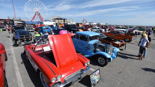 More than 1,500 cars, trucks, classic cars and hot rods line the Inlet parking lot in Ocean City Saturday for Endless Summer Cruisin'.
