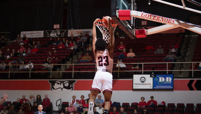 Austin Peay guard Steve Harris dunks on a fast break against Illinois-Chicago in the CIT.