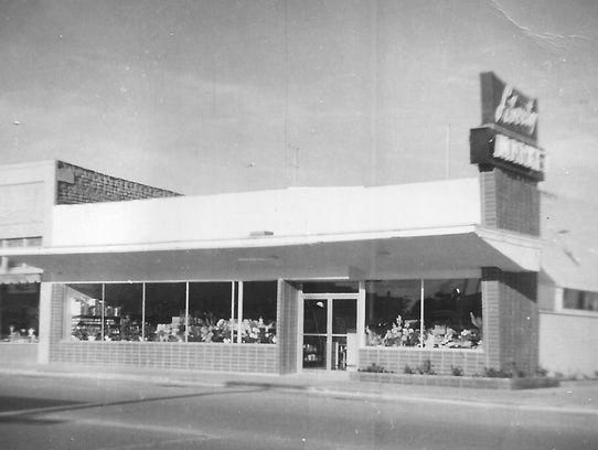 Liberty Market Grocery Store (1935)