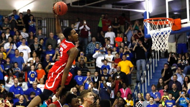 Derrick Jones Jr. can dunk.