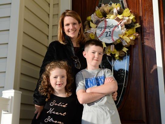 Wendy Rogers with her two children Garrett and Aubrey