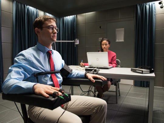 "Joseph Gordon-Levitt stars in ""Snowden."""