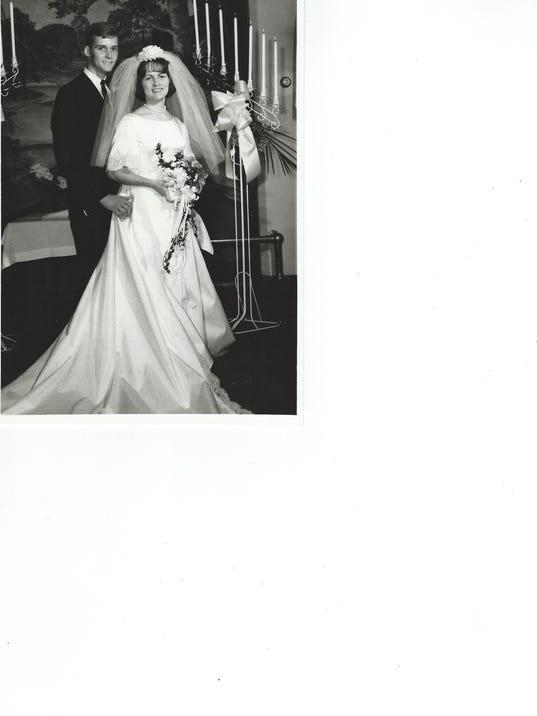 635818157864518709-Lee-and-Kathy-Orewiler-Wedding-BW-5x7
