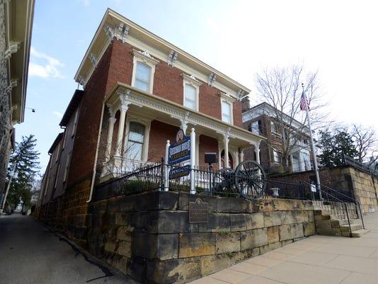 LAN Sherman House