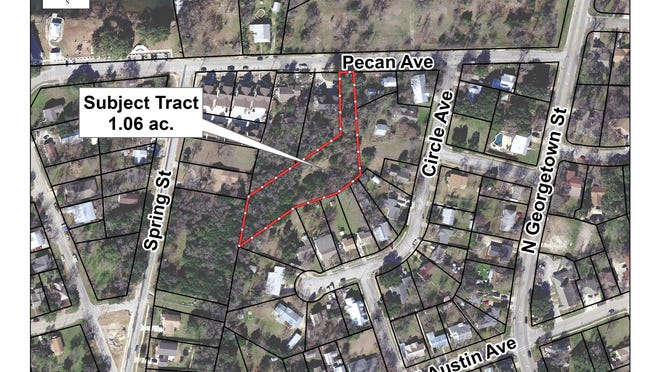 Land off of Pecan Avenue is being zoned for the addition of four duplexes.
