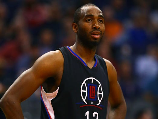 Luc Mbah a Moute to Houston (ESPN)
