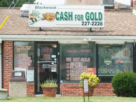Exterior of Blackwood Cash For Gold.
