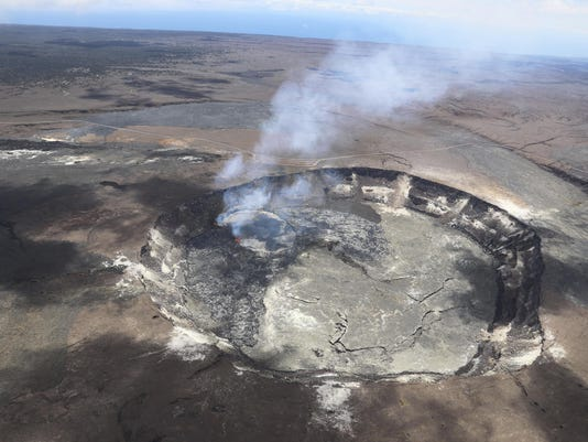 CORRECTION Hawaii Volcano (2)