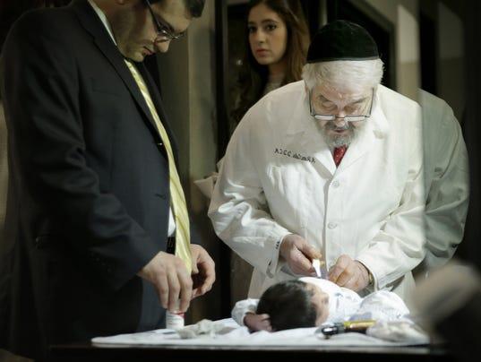 bris circumcision