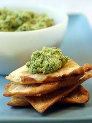 Jade Hummus with Pita Crisps