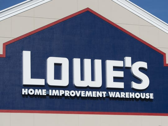 Lowe's offers an everyday military discount.