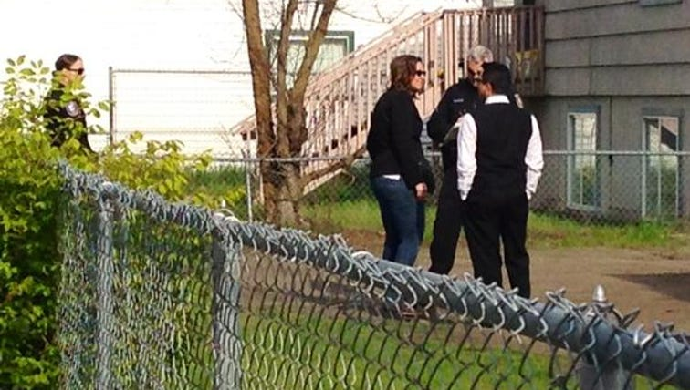 SPD interviewing neighbors after officers say one man