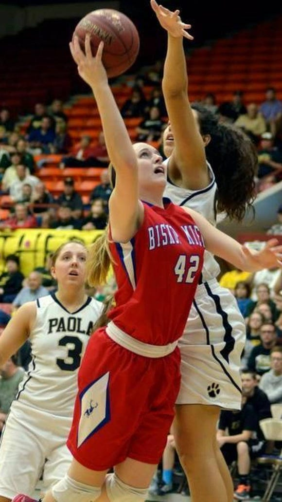 Madeline Homoly, a 6-2 forward from Bishop Miege HS in Kansas City, will be one of the incoming freshmen next year at USD.