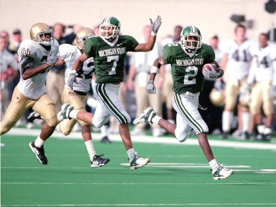 Herb Haygood is off to the races on a 68-yard TD reception for the winning score in the MSU-Notre Dame game in 2000.