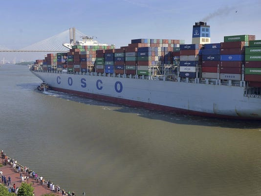 Seaports-Giant Ship