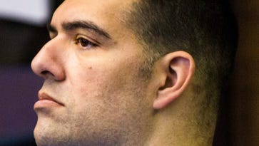 Former Naples policeman found not guilty of molesting two girls