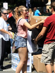 Natalie Schirmer of New Fairfield, Connecticut, moves into the dorms at Iona College in New Rochelle last month.