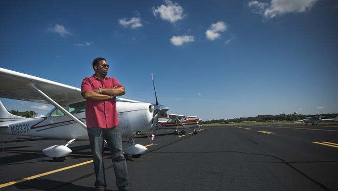 Southeast Aviators, a group co-founded by Greenville-pilot and IT business owner Theron Burton, will observe its first anniversary with an inaugural fly-in on August 27.t the Greenville Downtown Airport on Tuesday, September 1, 2015. Burton is launching a networking group for area African American pilots.