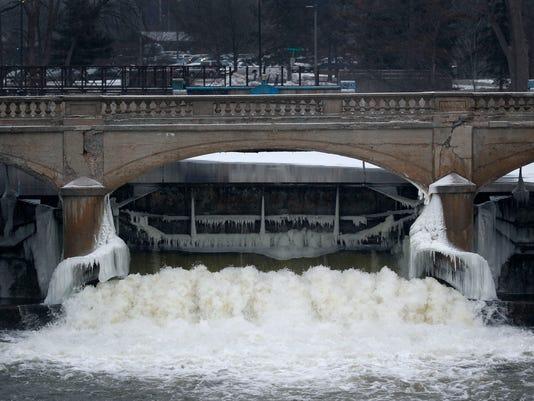 636252626321834415-Flint-Water-MIPS117.jpg