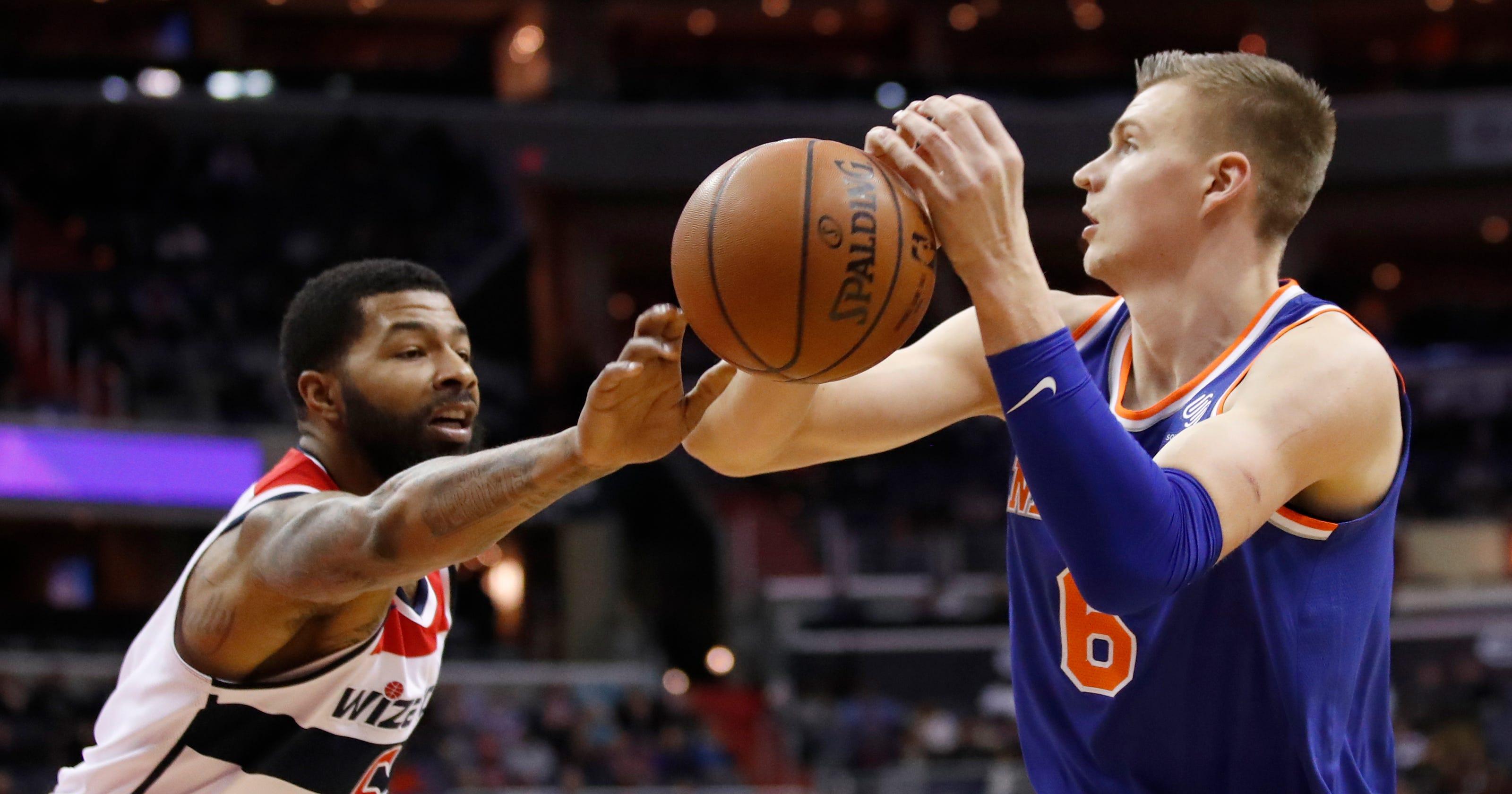 1e0bda8cf0e Kristaps Porzingis struggling to carry Knicks