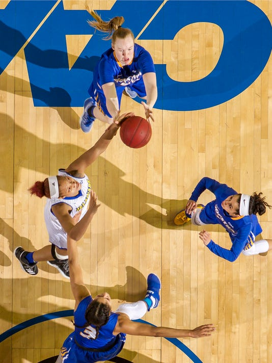 Women's Basketball: Delaware vs Hofstra