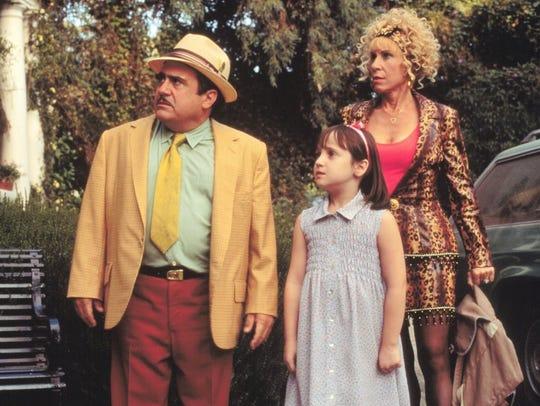 Danny DeVito, Mara Wilson, and Rhea Perlman in 'Matilda'.