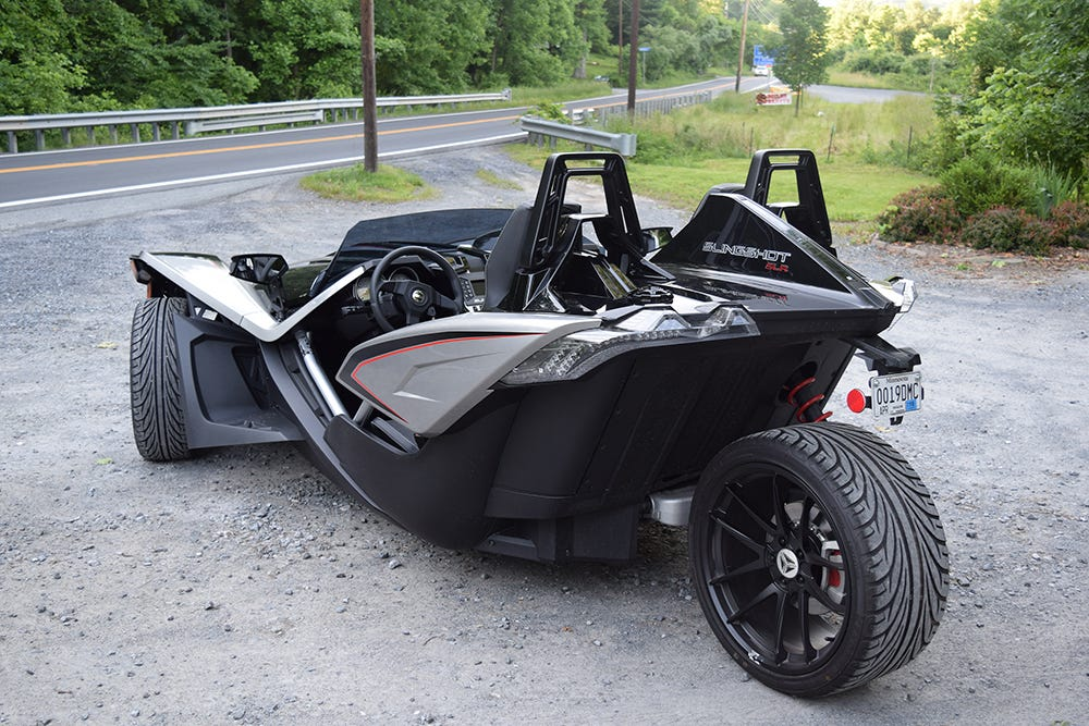 2015 Polaris Slingshot goes to the Street in a Fun Way [Preview ...