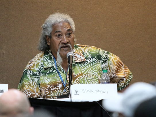Sika Anoaʻi answers questions about his experiences