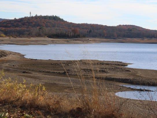 Experts say that despite a drought emergency, a plan