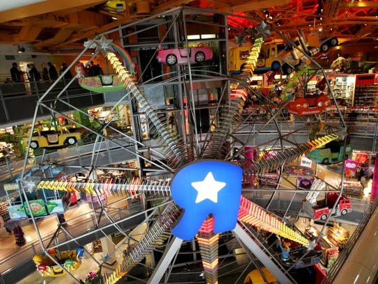 The ferris wheel at the Toys R Us Times Square store,