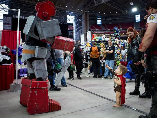 The spectacle of Phoenix Comic Fest is a thrill for