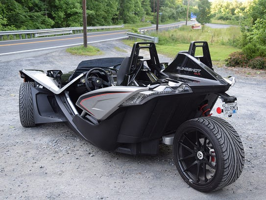 polaris slingshot not your average three wheeled motorcycle. Black Bedroom Furniture Sets. Home Design Ideas