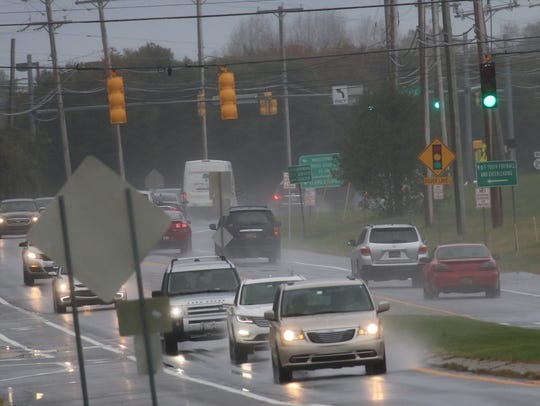 Traffic lines up along Route 299 near Route 1 in Middletown