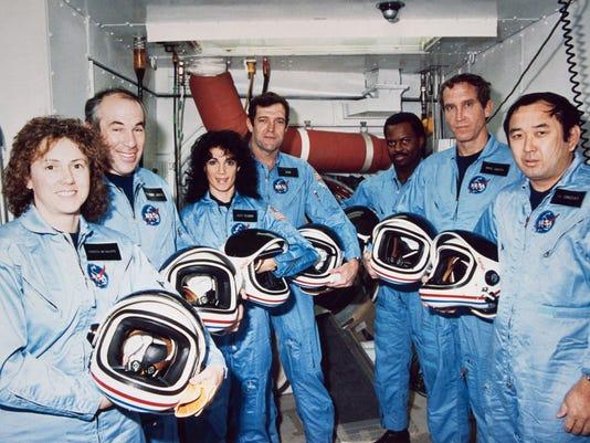 0121-challenger-crew.jpg