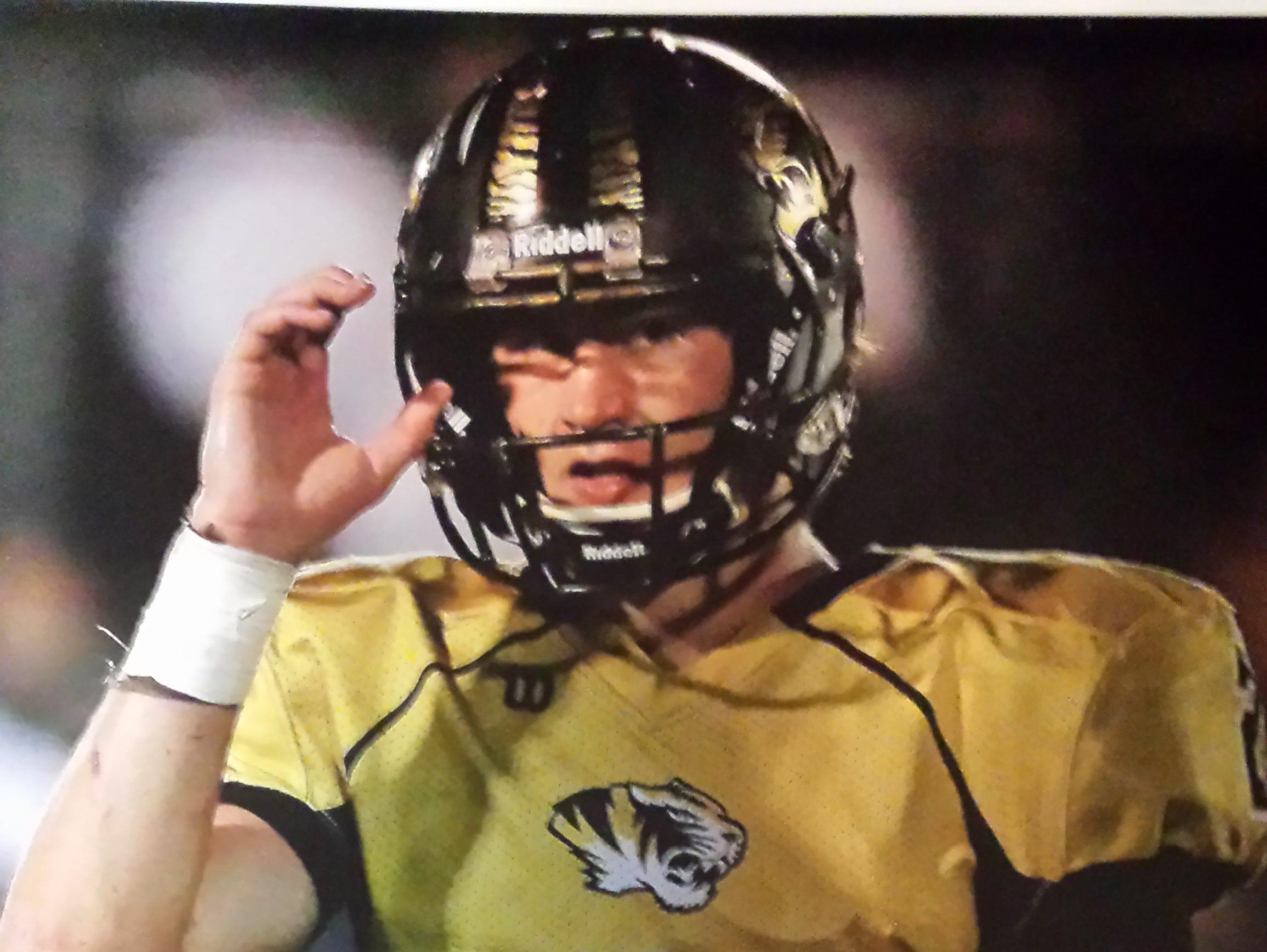 DeKalb County quarterback Steven Jennings