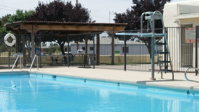 Rio Mimbres Country Club, 2500 E. Pine, has rolled out a new seasonal pool membership. For a flat fee of $150, the club promises families unlimited access to the club's swimming pool and clubhouse restaurant through September 4.