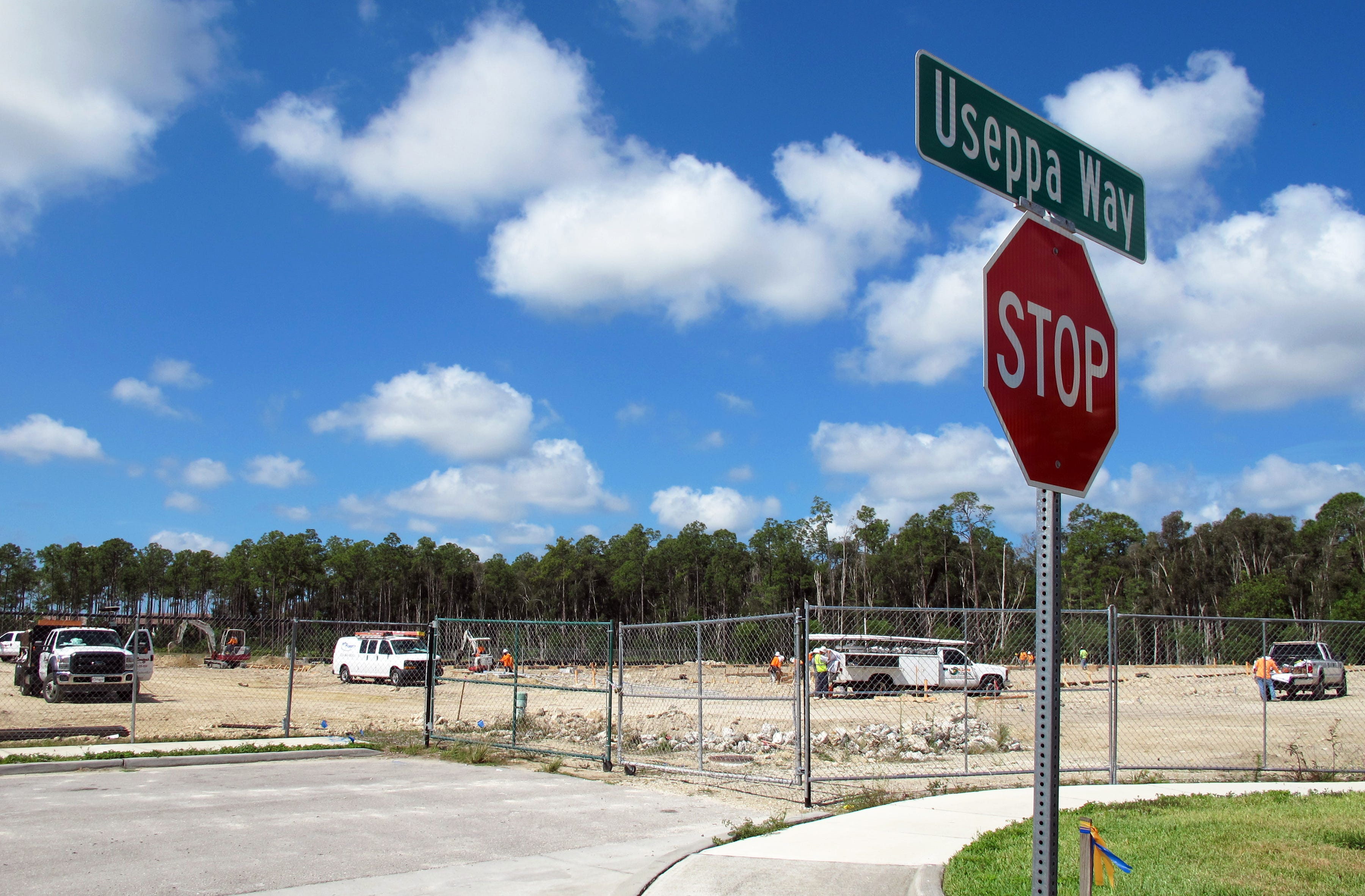 In the Know Hotel storage units proposed for Immokalee Road in North Naples & In the Know: Hotel storage units proposed for Immokalee Road in ...