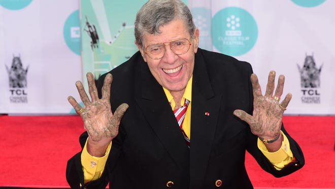 Jerry Lewis at his Hand and Footprint ceremony in Hollywood, in April 2014.