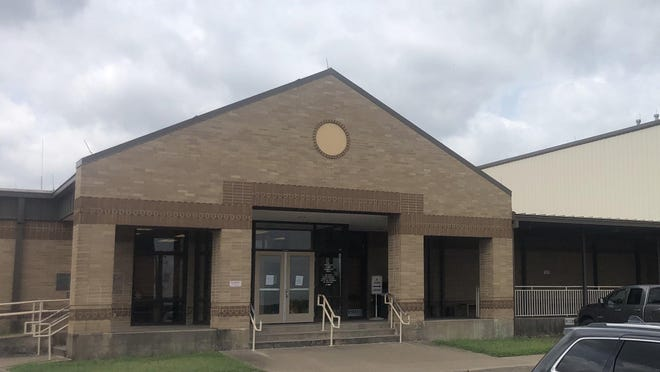 Front entrance to the Bastrop County Sheriff's Office in Bastrop.