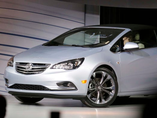 Buick unveils the new compact Cascada convertible at