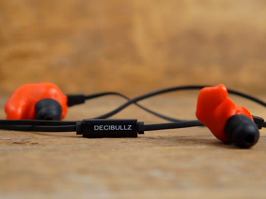 The Decibullz come with an in-line remote, like most