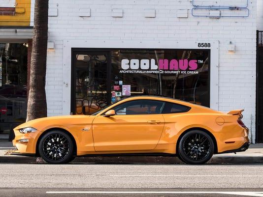 636354941147266163-2018-Ford-Mustang-Orange-Fury-09.JPG