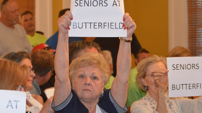 Putnam County used its public transit buses to bring Philipstown seniors to the Historic County Courthouse in Carmel to support the Cold Spring senior center project.