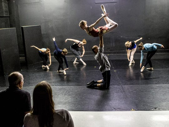Central Ohio Youth Ballet dancers practice the Arabian