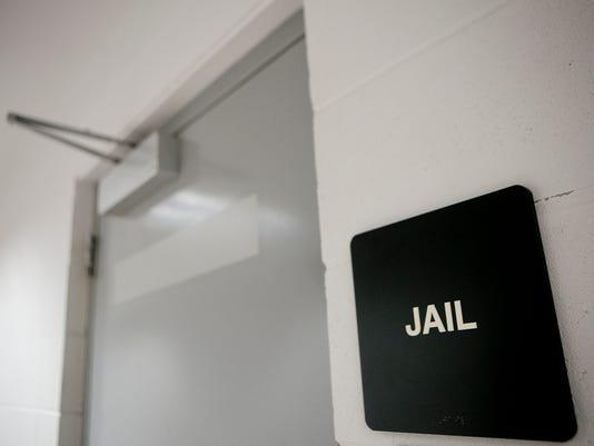 635859504613761844-SPJ-Jail-02.JPG